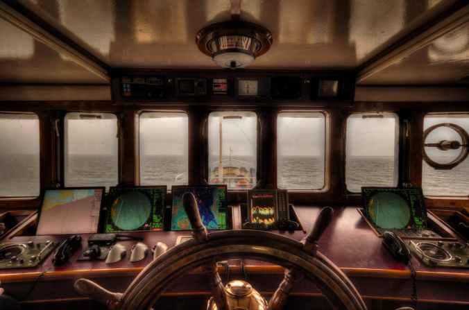 sea boat ship high dynamic range